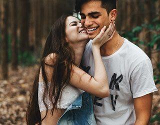 Comment établir un contact physique avec la fille ? ou l'art du toucher.